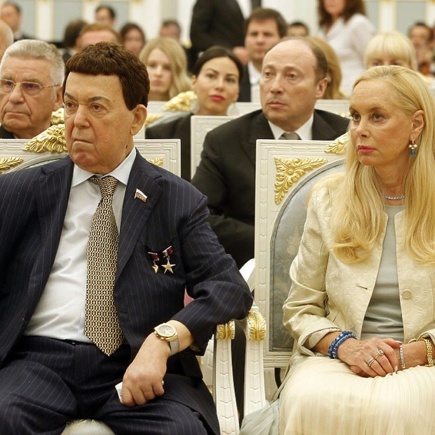 Максим Фадеев призвал поклонников молиться за здоровье Иосифа Кобзона