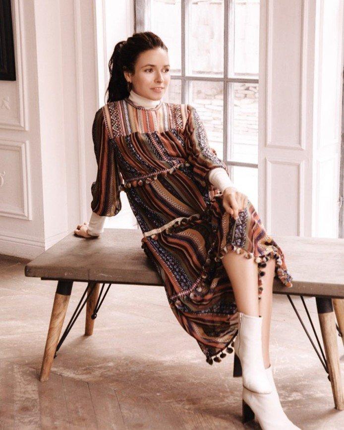 Ирена Понарошку рассказала о цветах одежды для каждого дня недели
