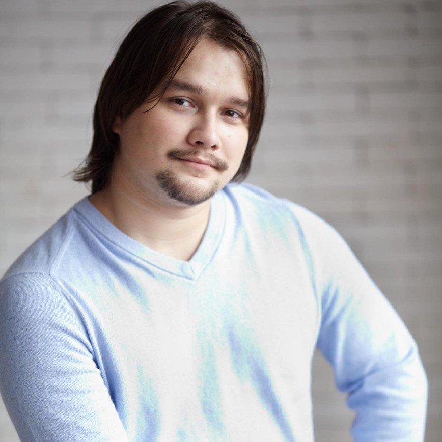 """""""На приказчика похож"""": сыну Розы Сябитовой советуют похудеть и помыть волосы"""