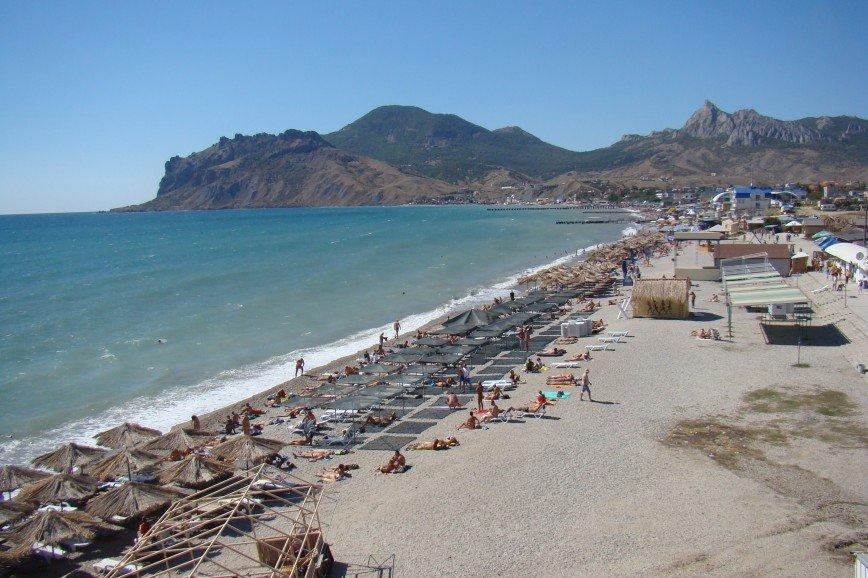 «Как обидно»: туристы не могут купаться в Анапе и Геленджике из-за холодного моря
