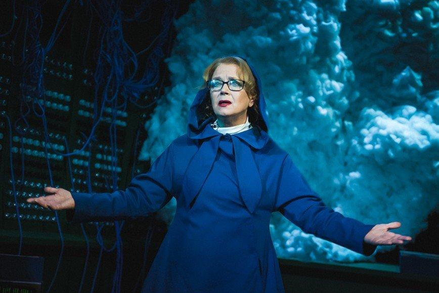 Ирина Алферова в премьере спектакля «Телефонная комедия»