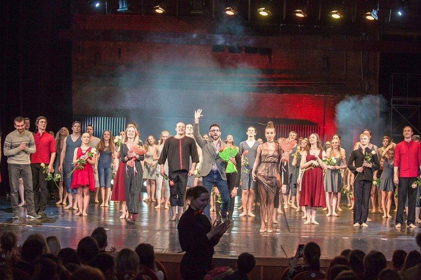 Хореограф Эндрю Палермо представит с театром «Гжель» свое самое личное танцевальное шоу «LET GO»