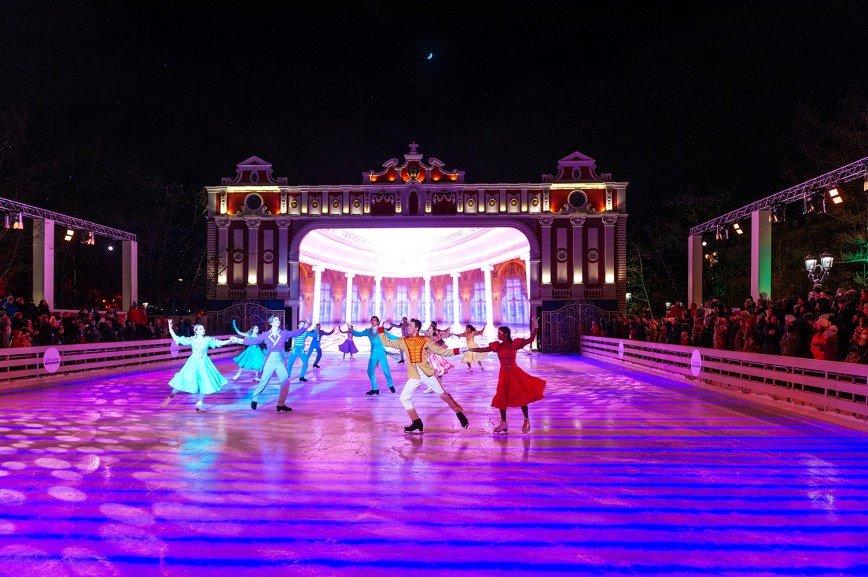Лучшие фигуристы России будут удивлять москвичей и гостей города в дни фестиваля «Путешествие в Рождество»