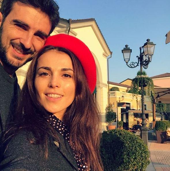 Сати Казанова заинтриговала тоской по итальянскому мужу