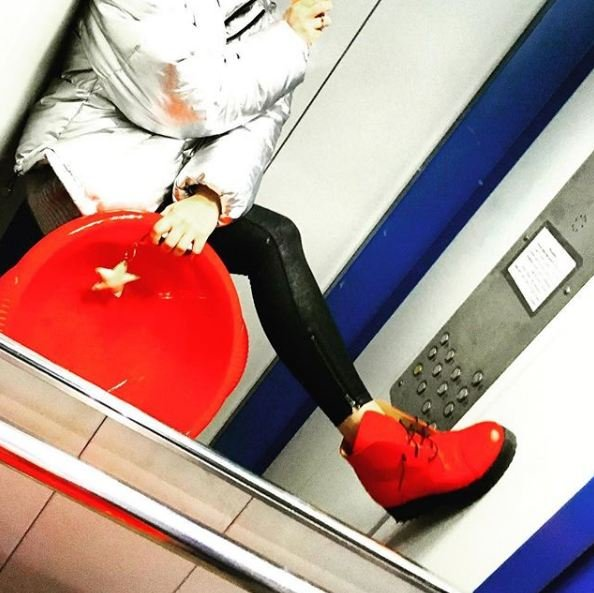 """""""Когда свадьба?"""": дочь Константина Кинчева показала помолвочное кольцо от Ивана Янковского"""