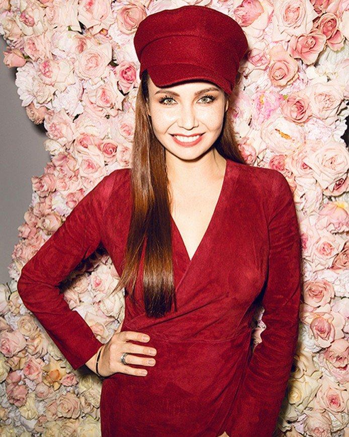 «Целых 20 лет молчала»: Ляйсан Утяшева вспомнила свою первую валентинку