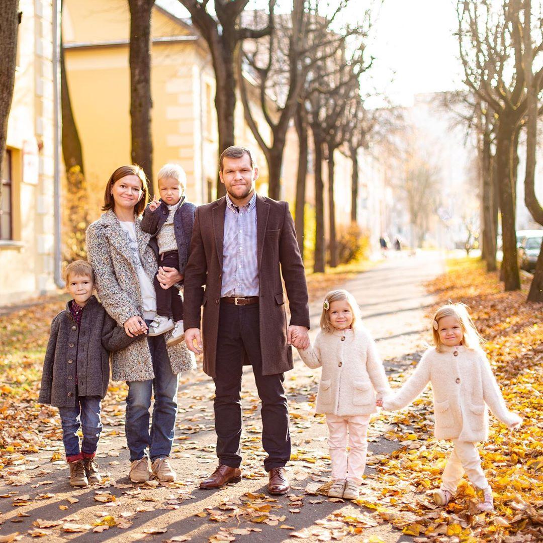 Педагог Игорь Жаборовский о многодетной семье, любви между супругами и родительском эгоизме