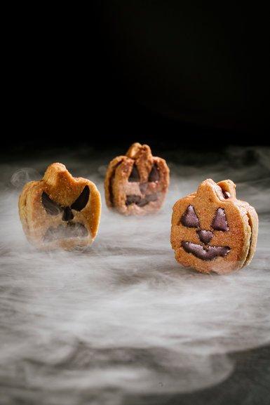 Пугающе вкусно: потрясающие десерты к Хэллоуину