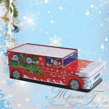 Машинка Деда Мороза (Вес 400, цена 350 руб.) Новогодний подарок Машинка Деда Мороза (Вес 400, цена 350 руб.)  Упаковка из жести в форме машинки, с изображением Деда Мороза и ребят, едущих с ним на праздник. Верхняя крышка открывается тоже! Многофункциональная упаковка!