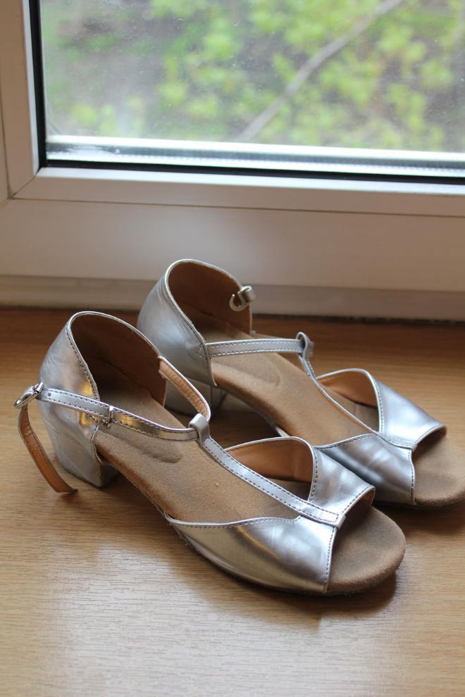 Туфли для бальных танцев 34 размер 500 руб