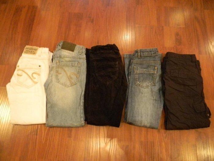 Джинсы Беннетон,Сислей,Лемми и утепленные штаны(справа)Лемми на подкладке.Ротовка 134 по 450р