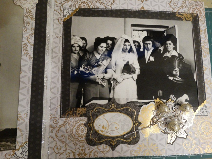 Автор: ЛюдмилаИвановна, Фотозал: Мое хобби, Альбом 28Х28, тканевый переплет, 10 страничек.