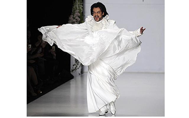 Филипп киркоров платье