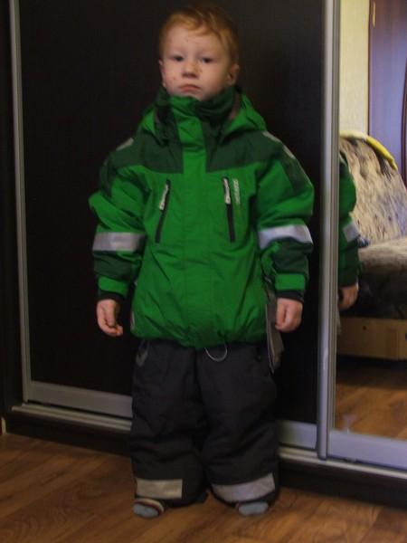 Хваст Дидриком зима 09/10, рост сына 105см, комплект Джаспер р.120 (велик сильно, но куртку утянув везде можно носить , а штаны к сожалению-нет, очень велики и в длине (см 12-14) и в ширине