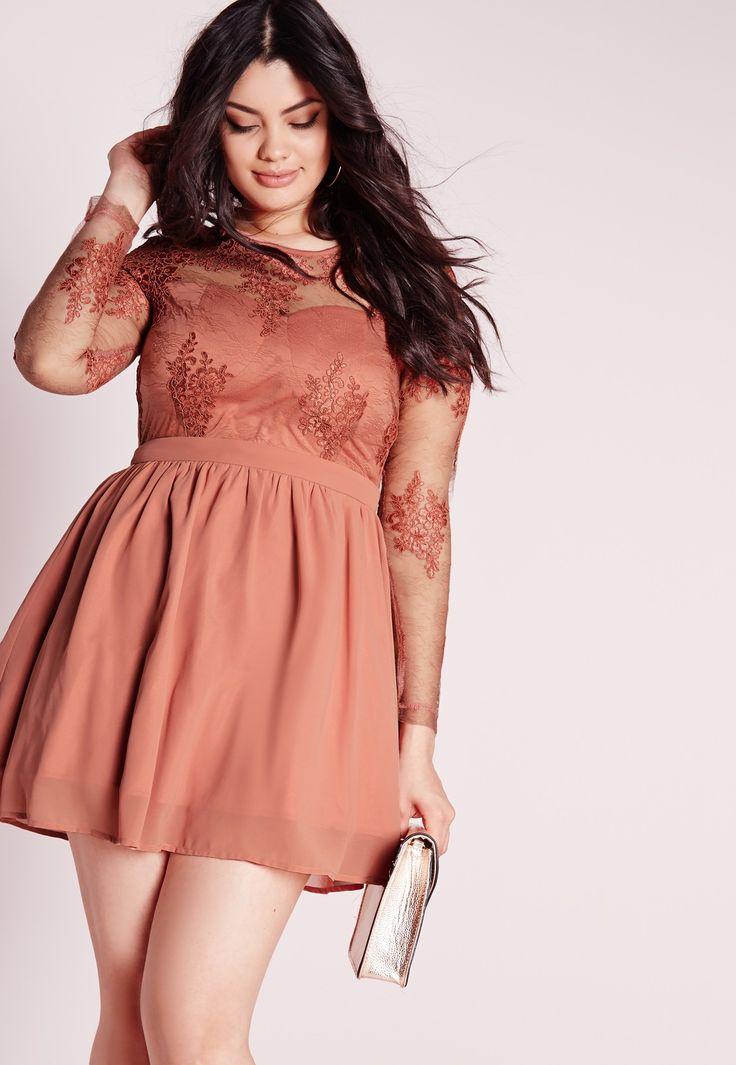 Как составить идеальный гардероб для девушки плюс сайз? Все о фасонах, оттенках, нарядах