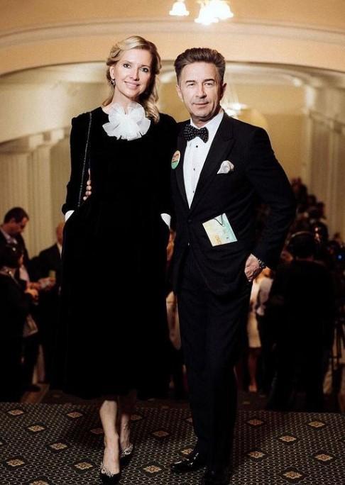 Уже 27 лет! Валерий Сюткин трогательно поздравил жену с годовщиной свадьбы