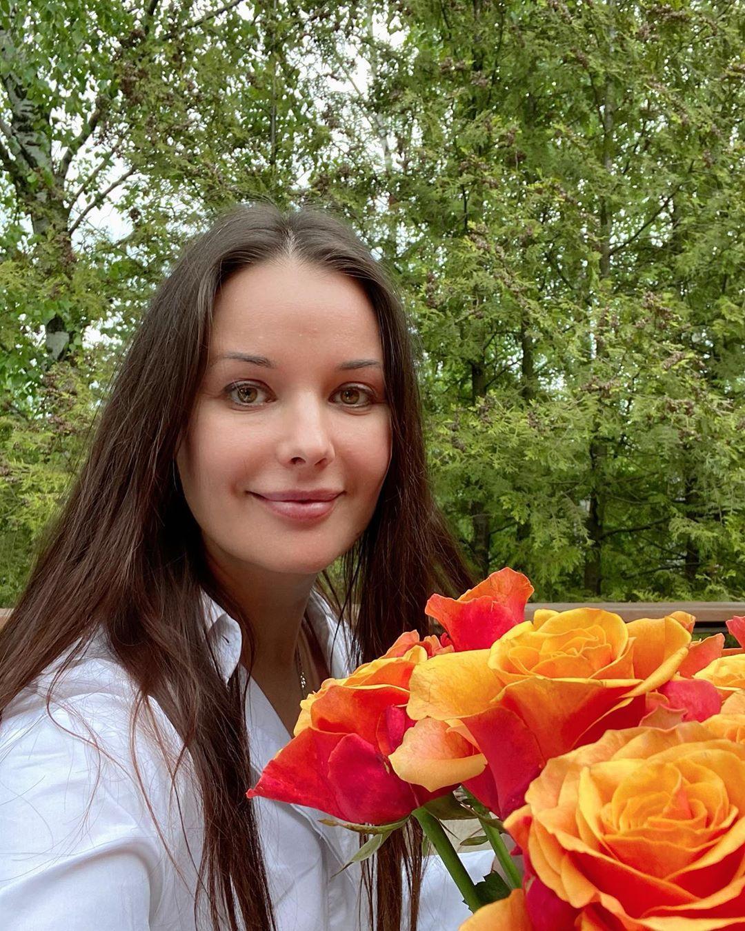 Примите себя! Оксана Федорова раскрыла секреты удачной фотосессии