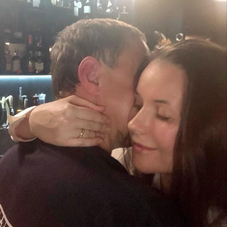 Меньше ссориться и больше любить! Оксана Федорова показала трогательное фото с мужем