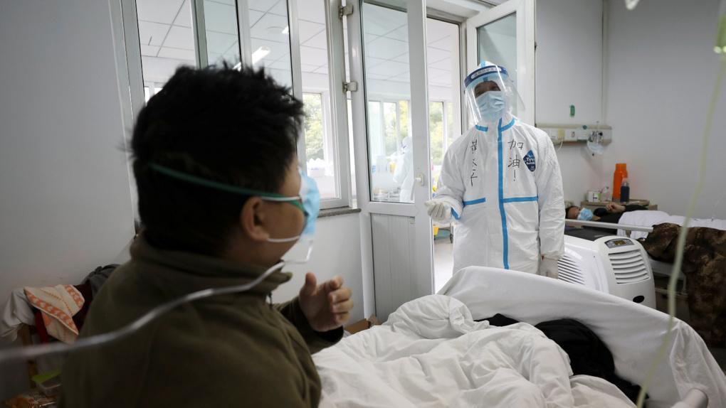 Главврач клиники в Ухане скончался от коронавируса
