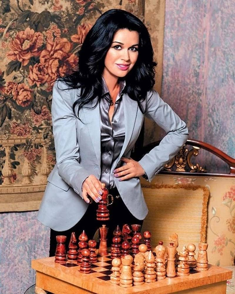 Актриса Анастасия Заворотнюк находится в прекоматозном состоянии