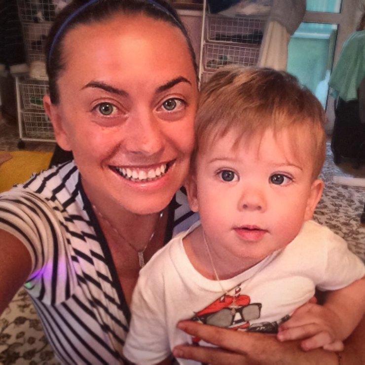 Отец Жанны Фриске заявил, что Дмитрий Шепелев выбрасывает его подарки для внука