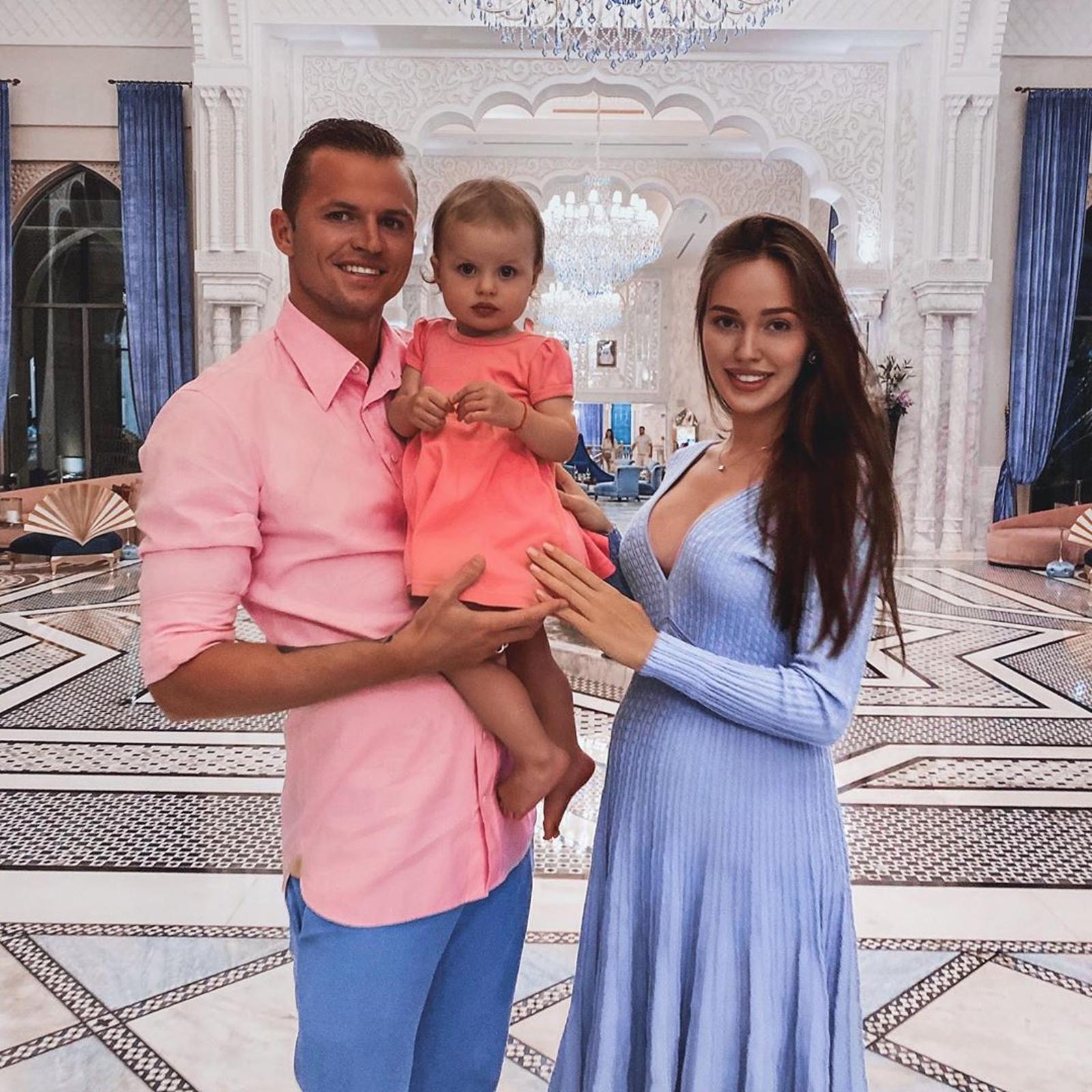 Мальчик или девочка? Дмитрий Тарасов и Анастасия Костенко объявили пол будущего ребенка