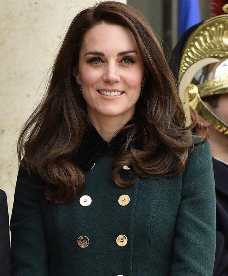 словами, крайне герцогиня кейт фото в молодости нее жизни квадратная