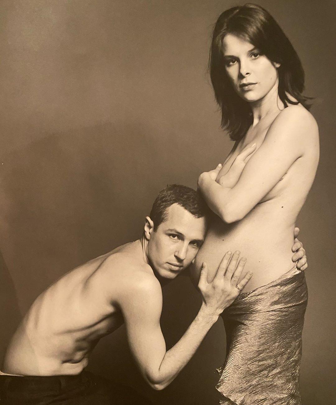 Молодые и влюбленные: Игорь Верник поделился архивным снимком с беременной женой