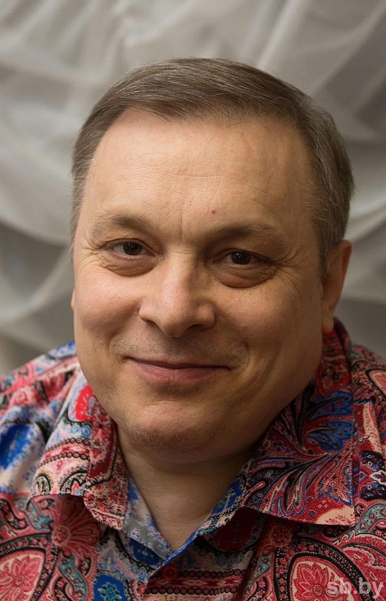Он — сбитый летчик! Лев Лещенко ответил Андрею Разину, подавшему на него в суд