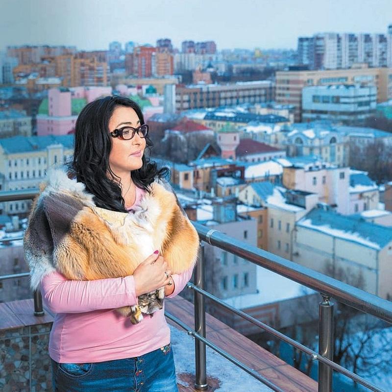 Алла меня никогда не хвалила: Лолита Милявская рассказала об отношениях с Пугачевой