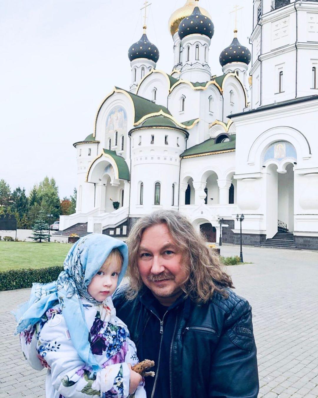 Почти не изменился: Игорь Николаев вспомнил, как выглядел тридцать лет назад