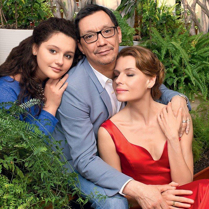 Любовь Толкалина с бывшим мужем и дочерью