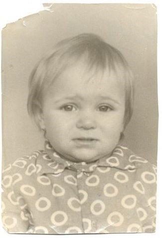 Виктория Макарская в детстве