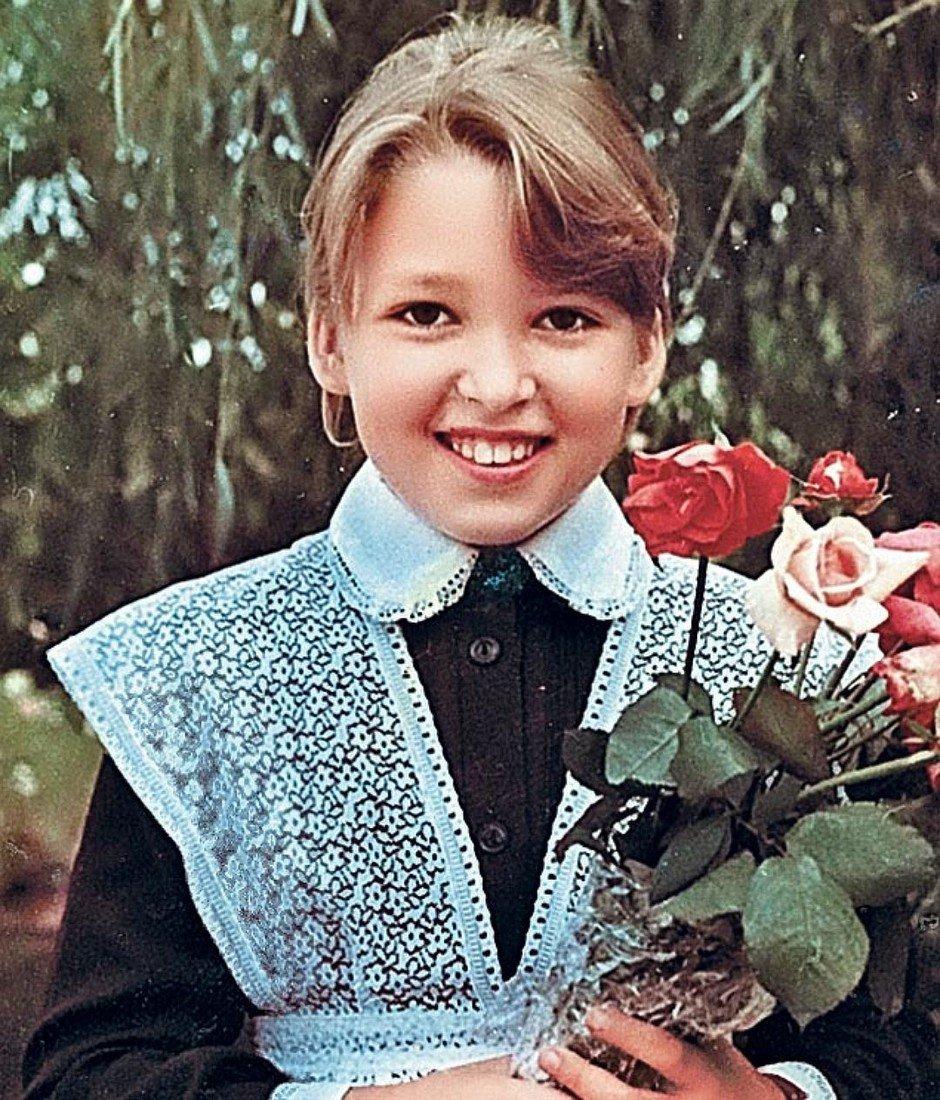 Детство и юность Ирины Дубцовой