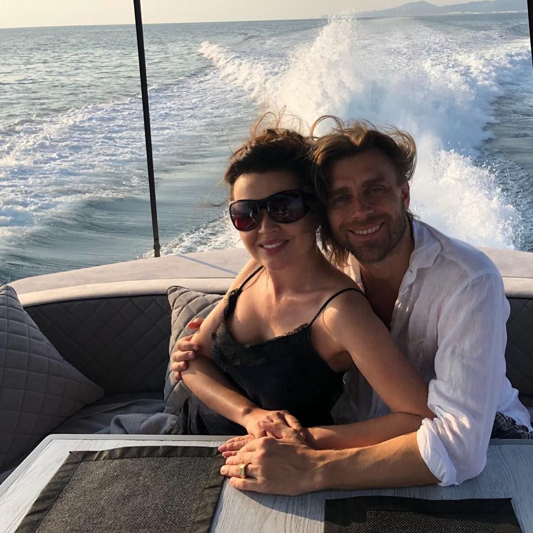 Петр Чернышев с женой Анастасией Заворотнюк