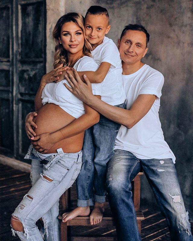 Вадим Галыгини со своей супругой Ольгой и сыном Вадимом