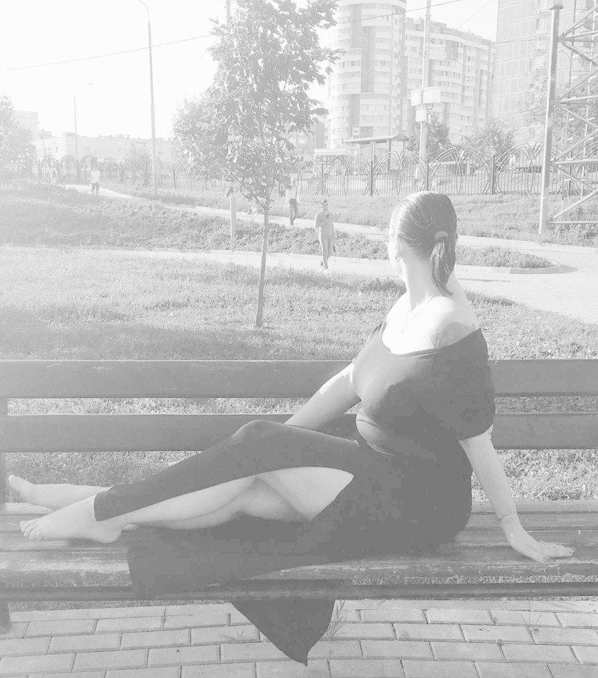 Автор: Eseniya, Фотозал: Я - самая красивая, Лето, сквер, отдых...