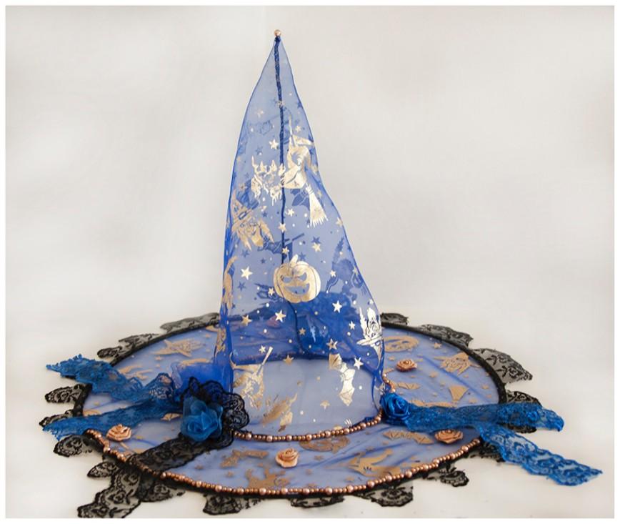 Автор: xPANTERAx, Фотозал: Мое хобби, Шляпа ведьмы или волшебницы. Ручная работа. Единичный экземпляр. Украшена розами из атласных лент и органзы, бусинами, кружевом синего и черного цвета. Станет прекрасным дополнением гардероба настоящей ведьмы или волшебницы, сделает ее самой неотразимой на празднике Хеллуин или Новый год. Диаметр шляпы (поля) 36 см. Ищет хозяйку!