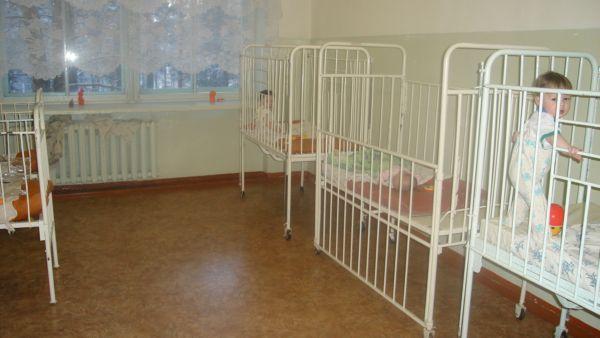 В это время на других этажах... Много не смогла фотографировать, медсестры по пятам шли, но эту палату успела - она самая первая