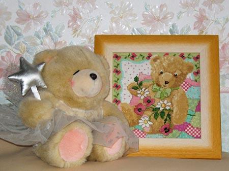 """[b]Октябрь 2008[/b][br] Эта вышивка - подарок мне от [b]Юли-Жужи[/b] в игре """"Обмен Подарками - 13""""."""