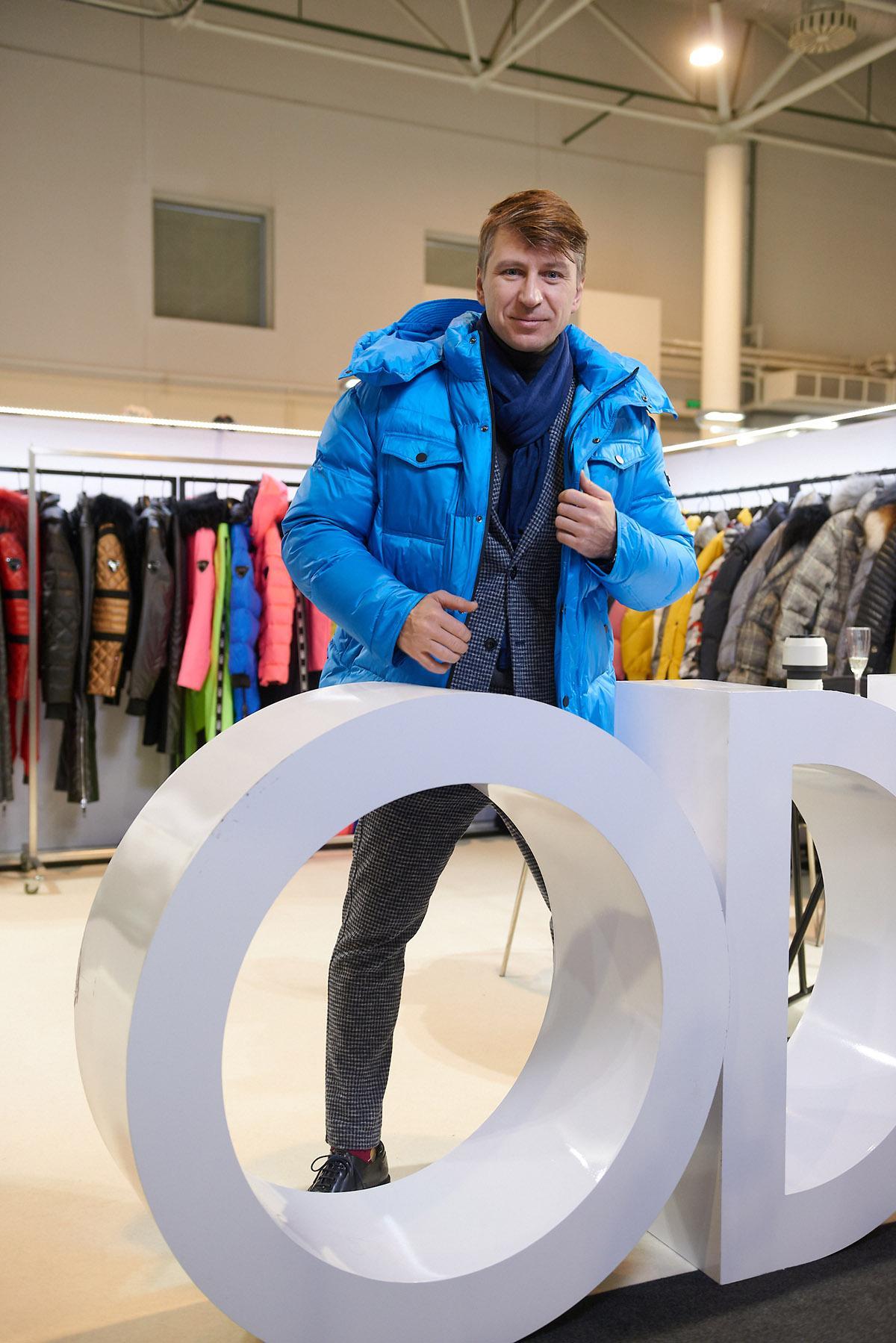 Звезды готовятся к модному сезону осень-зима 20/21, примеряя модели из новой коллекции ODRI