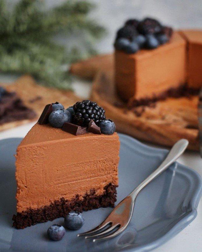 Как удивить гостей: необычный торт от Марины Юшиной