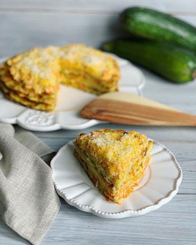 Рай для любителей кабачков и цукини: оладьи, торт и еще три потрясающих сезонных блюда