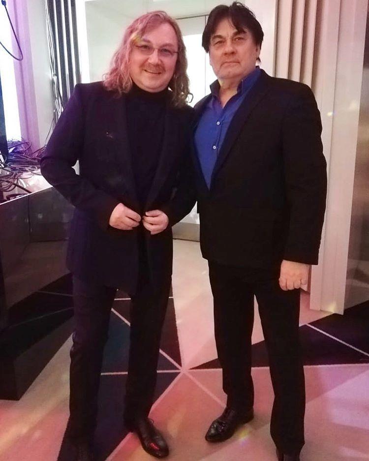 Выглядит усталым: Игорь Николаев опубликовал редкое фото с Александром Серовым