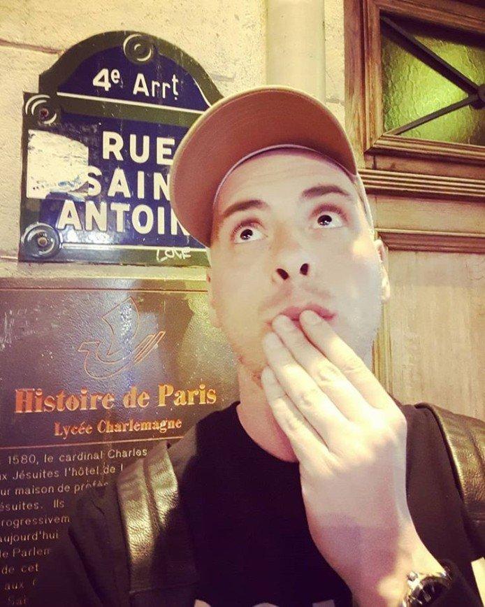 Выпытал у повара: Антон Привольнов разузнал секрет французского лукового супа