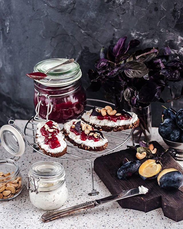 Яблочный мармелад, инжирный конфитюр и еще три рецепта сладких домашних заготовок на зиму