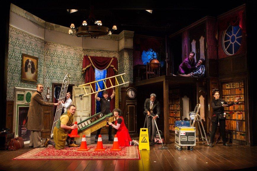 Шоу пошло не так: МДМ отметит день рождения бродвейской премьерой