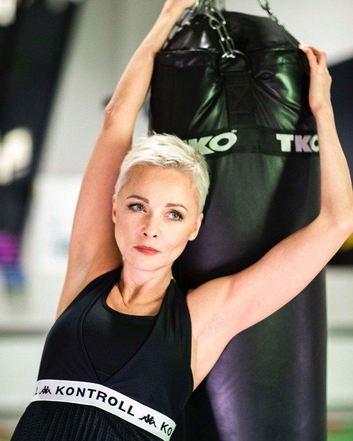 46-летняя Дарья Повереннова решила доказать, что не колет ботокс