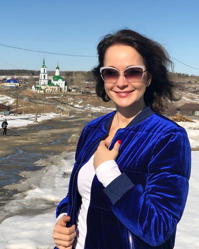 Ольга Кабо впервые за 40 лет побывала в родном поселке на Урале