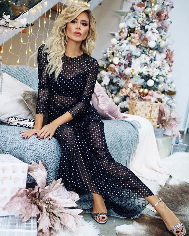Элегантность и комфорт: Белла Потемкина рассказала, какой наряд выбирать для встречи Нового года